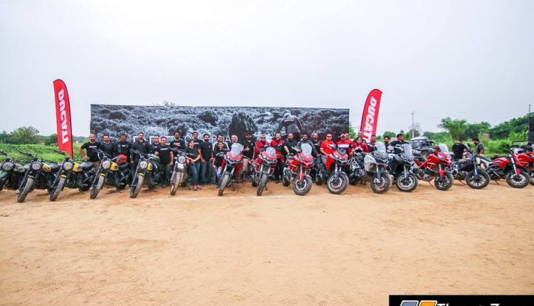 Ducati Riding Experience on dirt (1)
