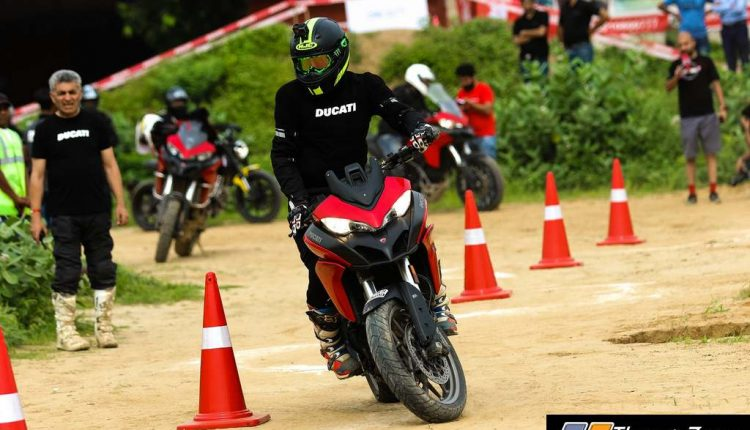 Ducati Riding Experience on dirt (2)