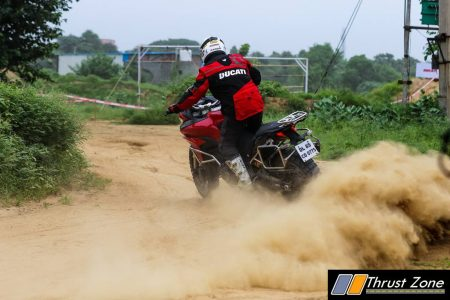 Ducati Riding Experience on dirt (4)