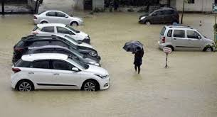kerela-floods-help-from-car-companies (1)