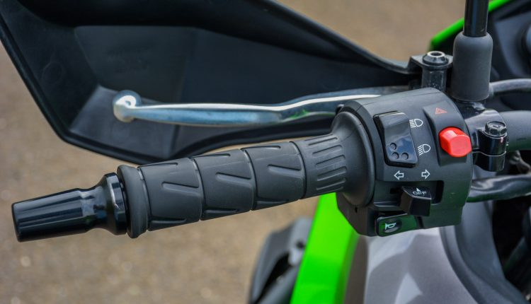 2018-Kawasaki-Versys-300-India-Review-29
