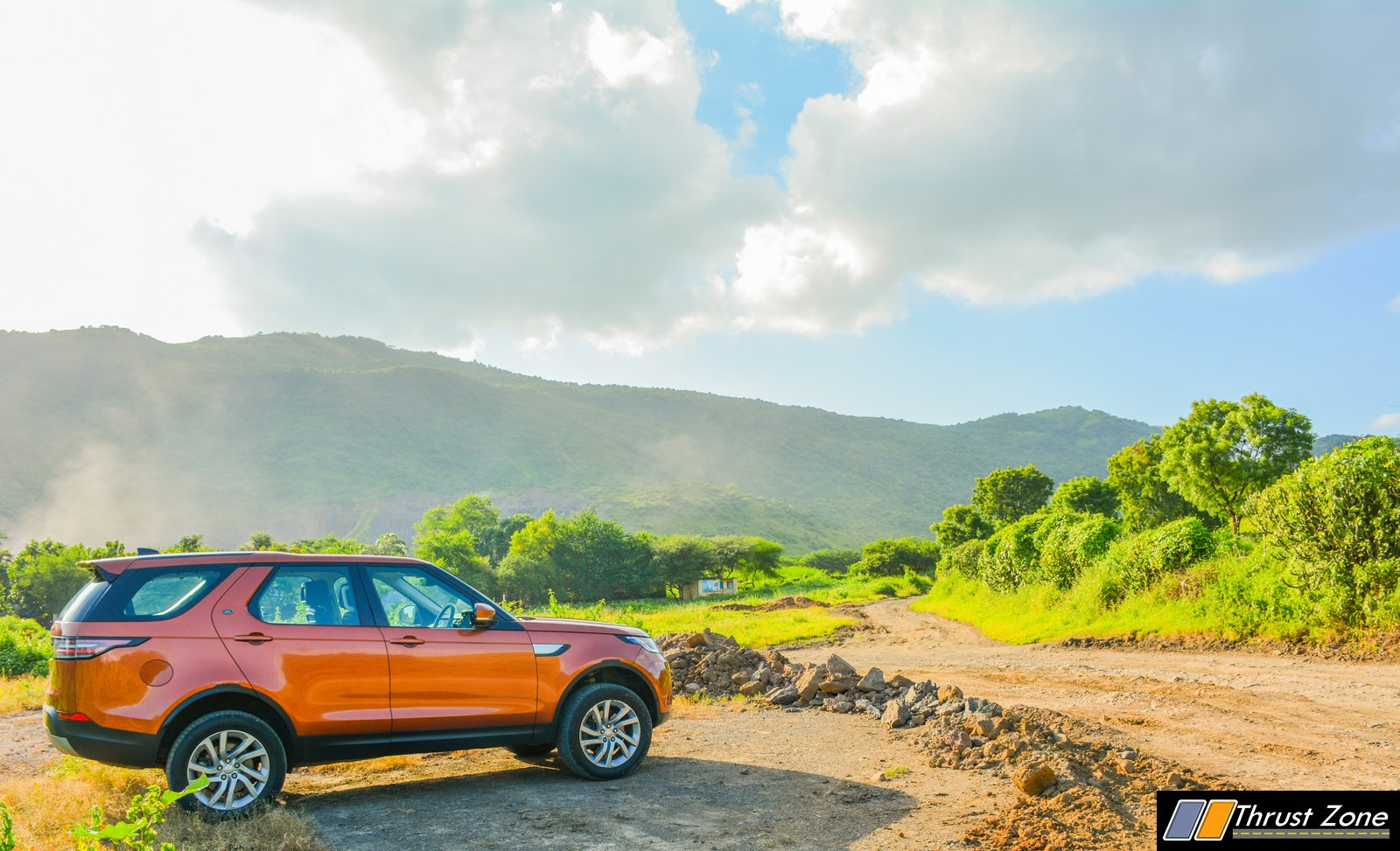 2018-Land-Rover-Discovery-Petrol-India-Review-4