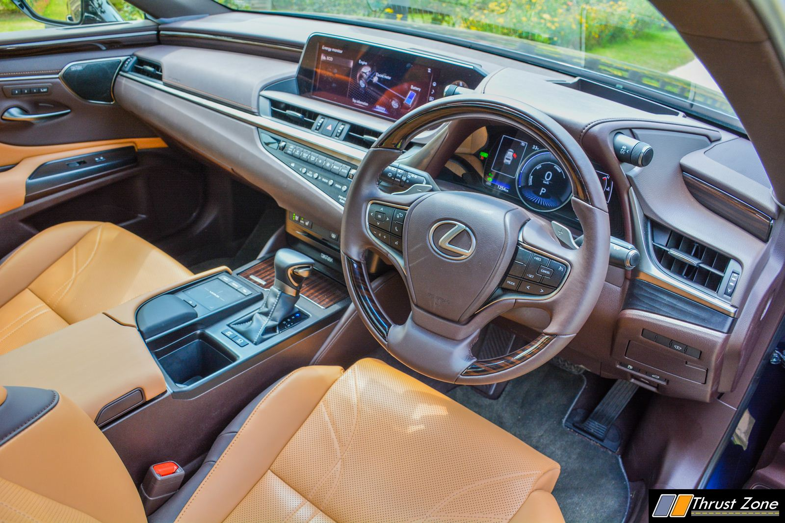 https://www.thrustzone.com/wp-content/uploads/2018/09/2019-Lexus-ES-India-300h-Review-10.jpg