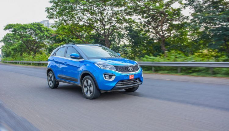 Tata-Nexon-Petrol-Diesel-Manual-AMT-Review-12