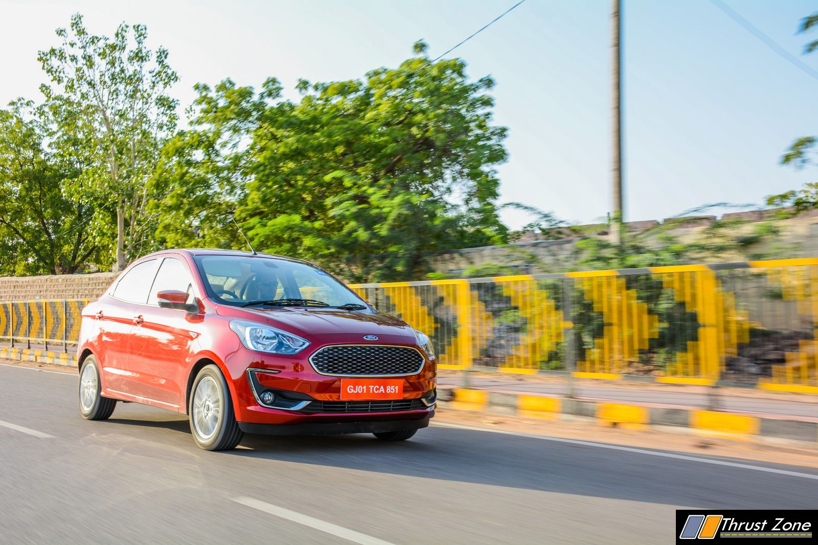 2018-Ford-Aspire-facelift-review-15