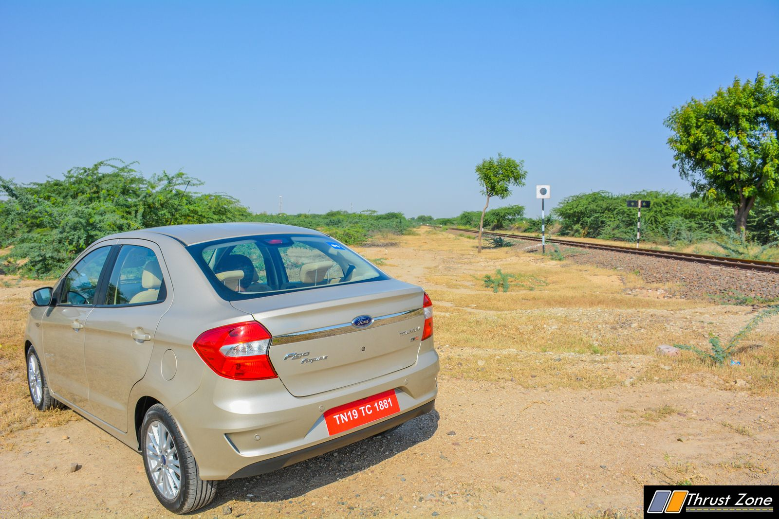 2018-Ford-Aspire-facelift-review-27