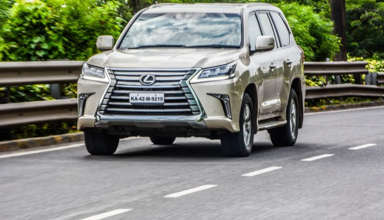 2018-Lexus-LX-India-Diesel-Review-17