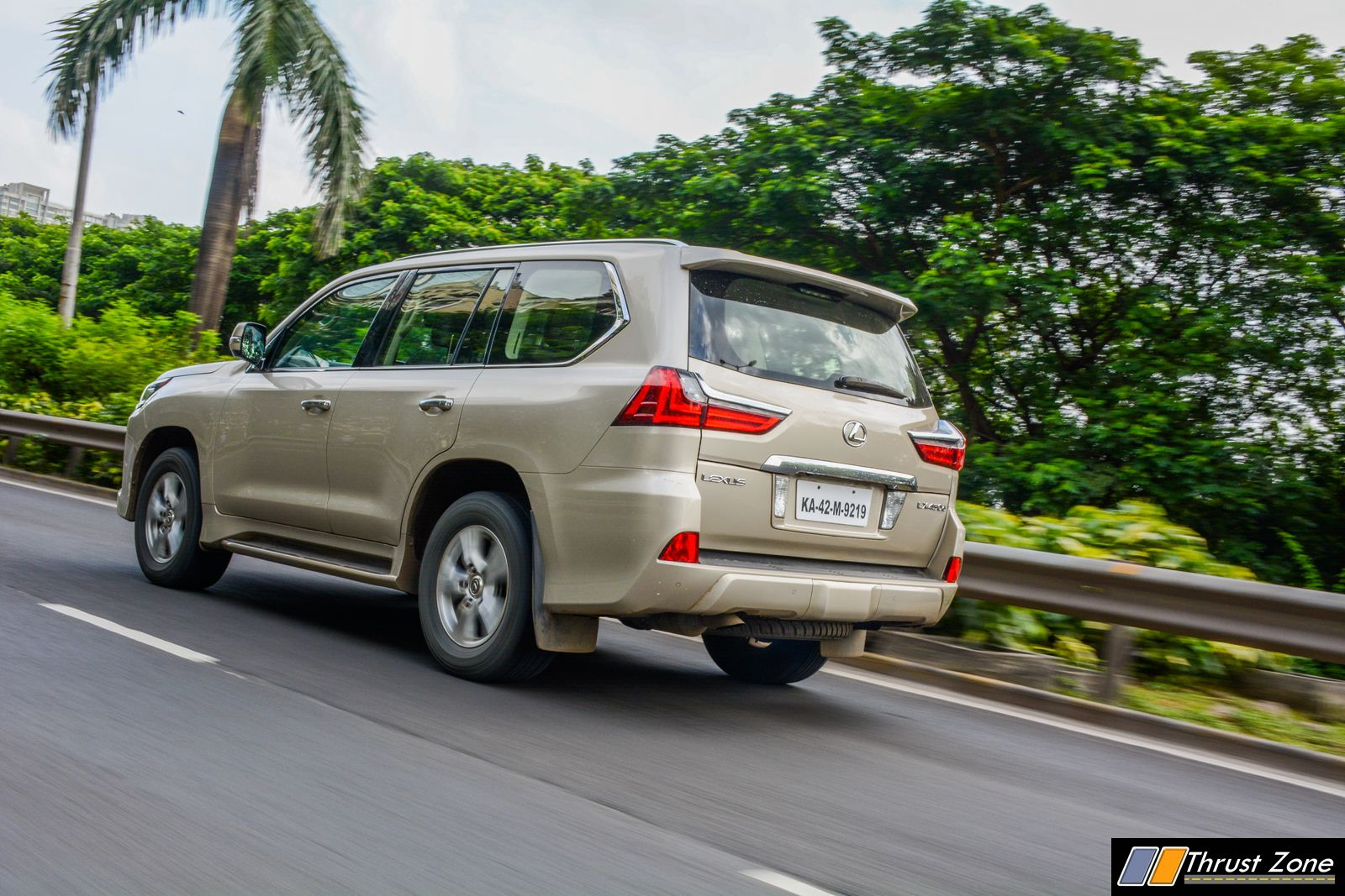 2018-Lexus-LX-India-Diesel-Review-18