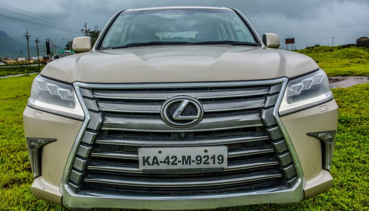 2018-Lexus-LX-India-Diesel-Review-3
