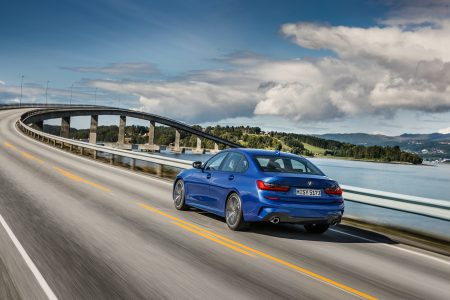 2019-BMW-3-Series-India-Launch