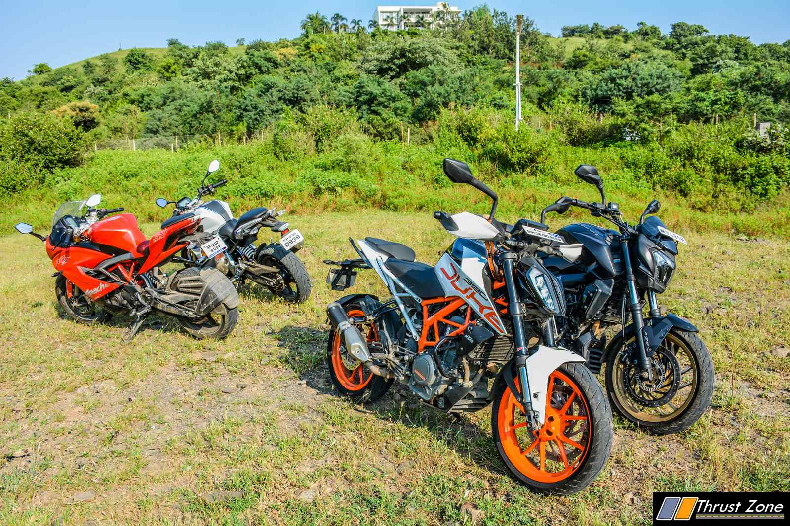BMW G310R vs Duke 390 vs Dominar 400 vs Apache RR310 Review-14