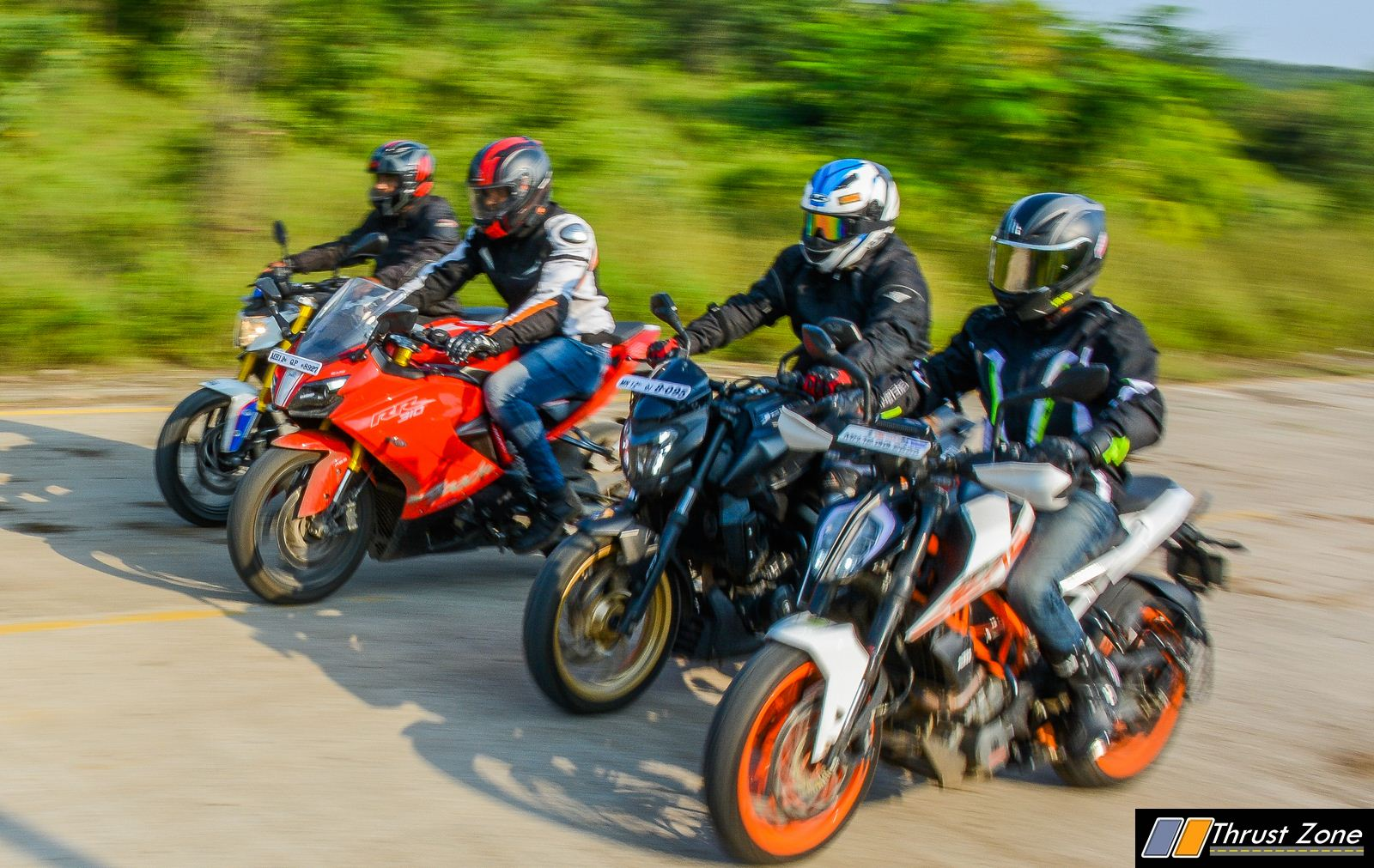 BMW G310R vs Duke 390 vs Dominar 400 vs Apache RR310 Review-21