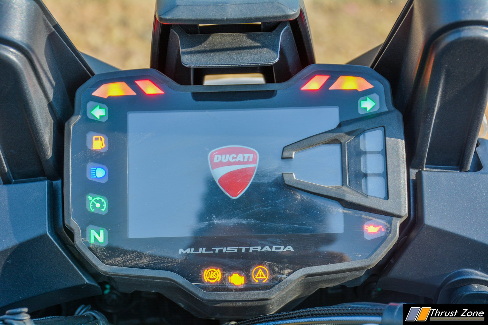 https://www.thrustzone.com/wp-content/uploads/2018/11/2018-Ducati-Multistrada-1260-India-Review-16.jpg