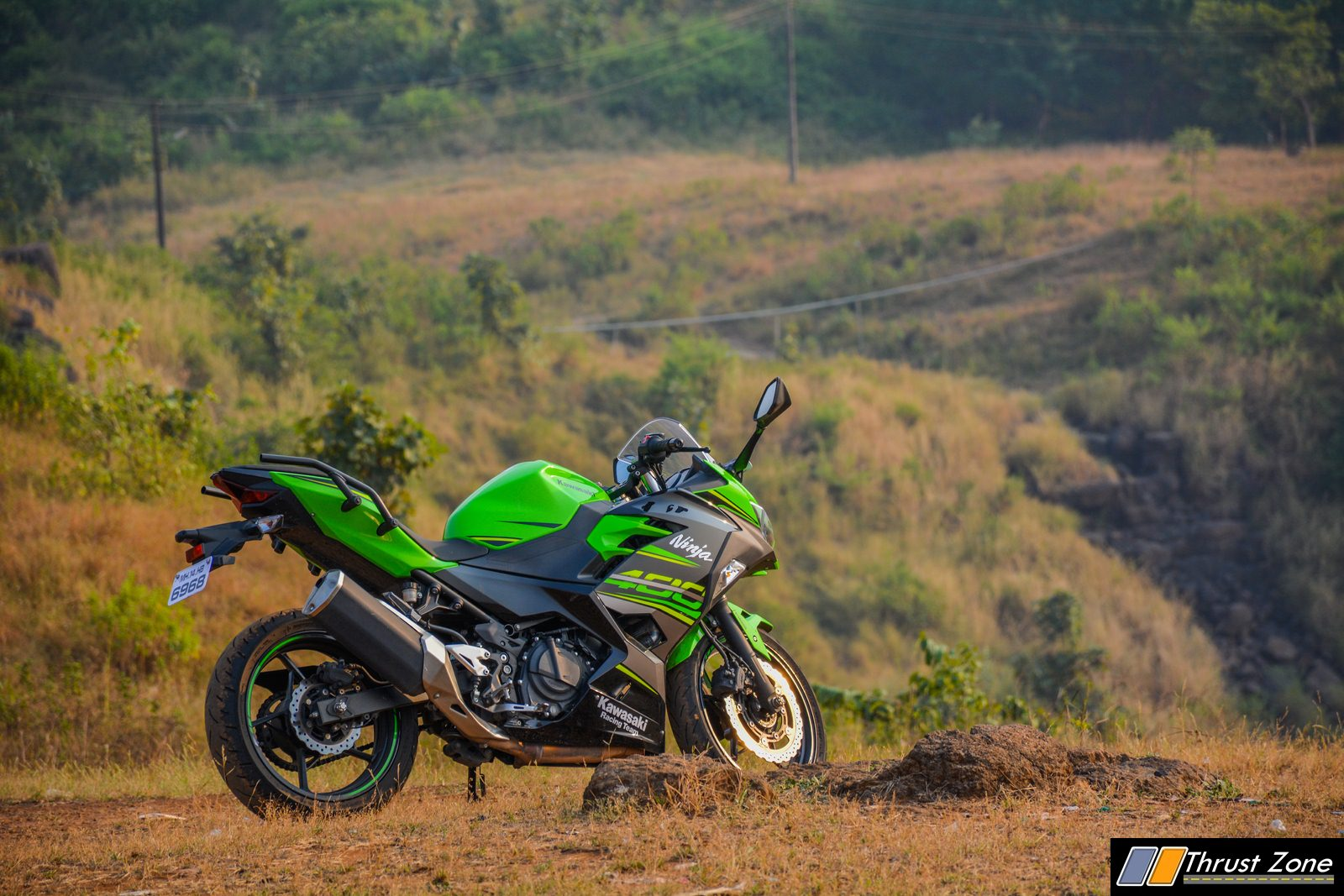 2018-Kawasaki-Ninja-400-India-Review-14
