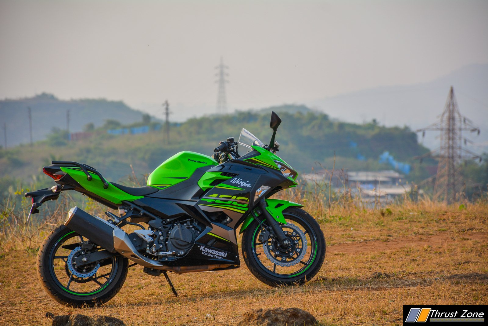 https://www.thrustzone.com/wp-content/uploads/2018/11/2018-Kawasaki-Ninja-400-India-Review-21.jpg