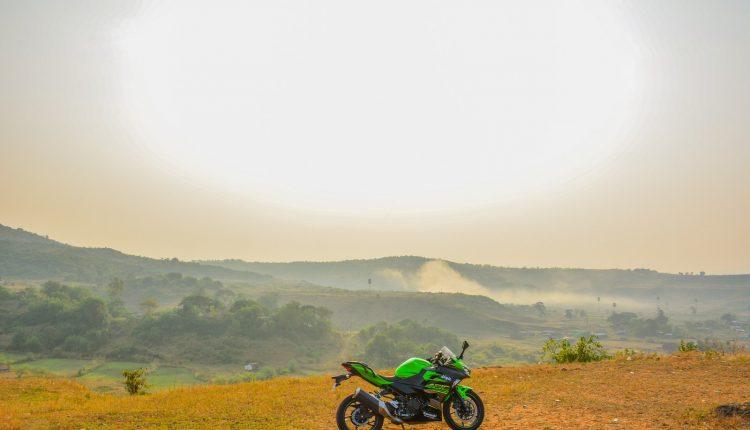 2018-Kawasaki-Ninja-400-India-Review-25