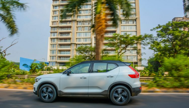 BMW X1 vs Volvo XC40 Diesel Comparison Review Shootout-23