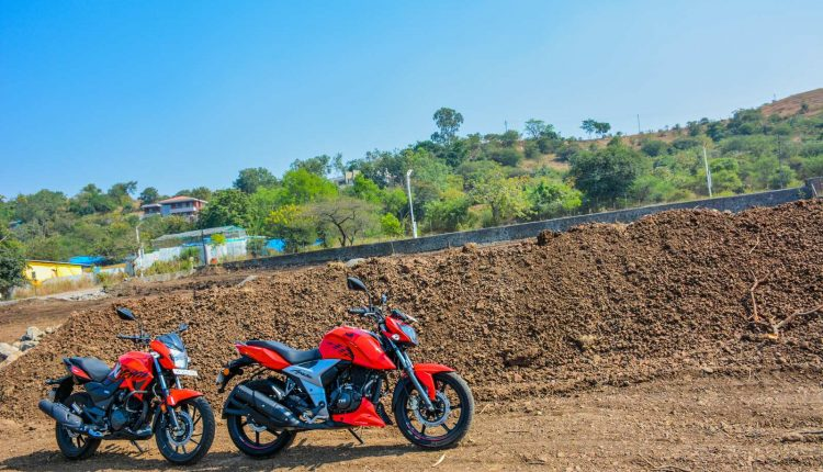 Hero-Xtreme-200R-vs-Apache-RTR-160-Comparison-Review-7
