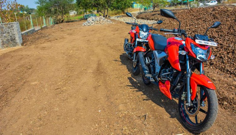 Hero-Xtreme-200R-vs-Apache-RTR-160-Comparison-Review-8