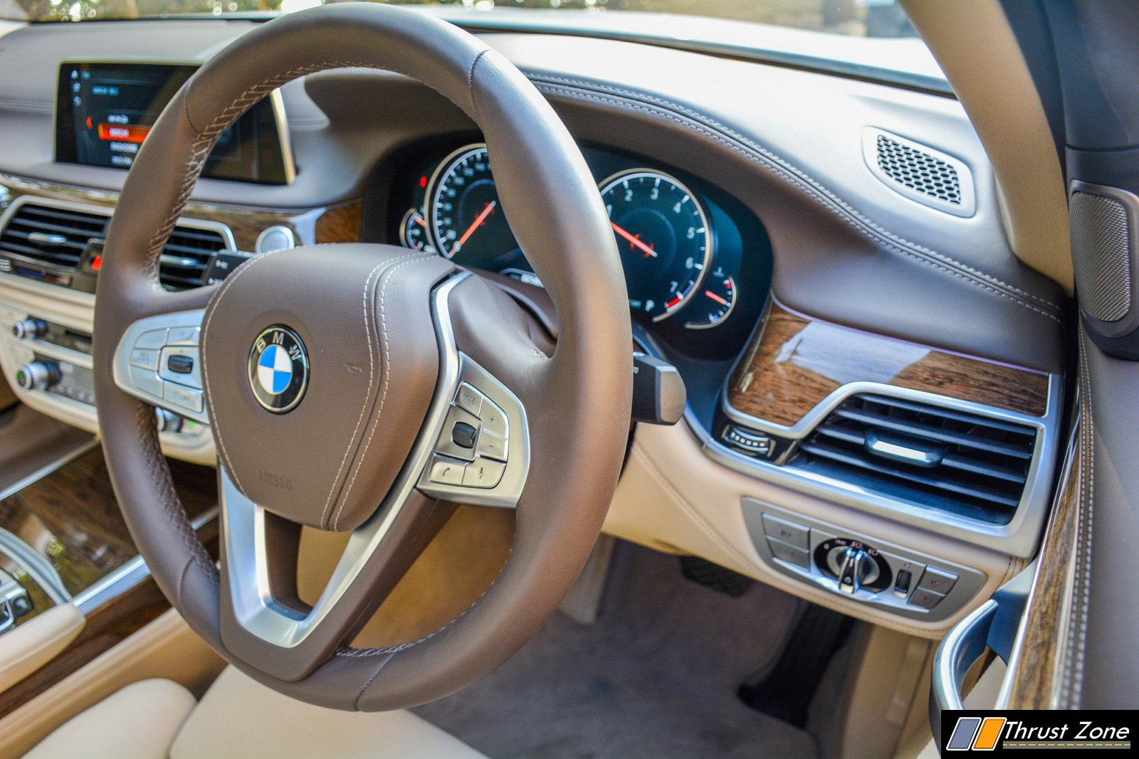 https://www.thrustzone.com/wp-content/uploads/2018/12/2018-BMW-7-SERIES-740i-INDIA-Review-40.jpg