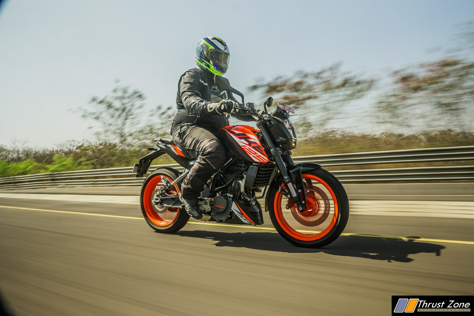 2018-KTM-DUKE-125-INDIA-Review-12
