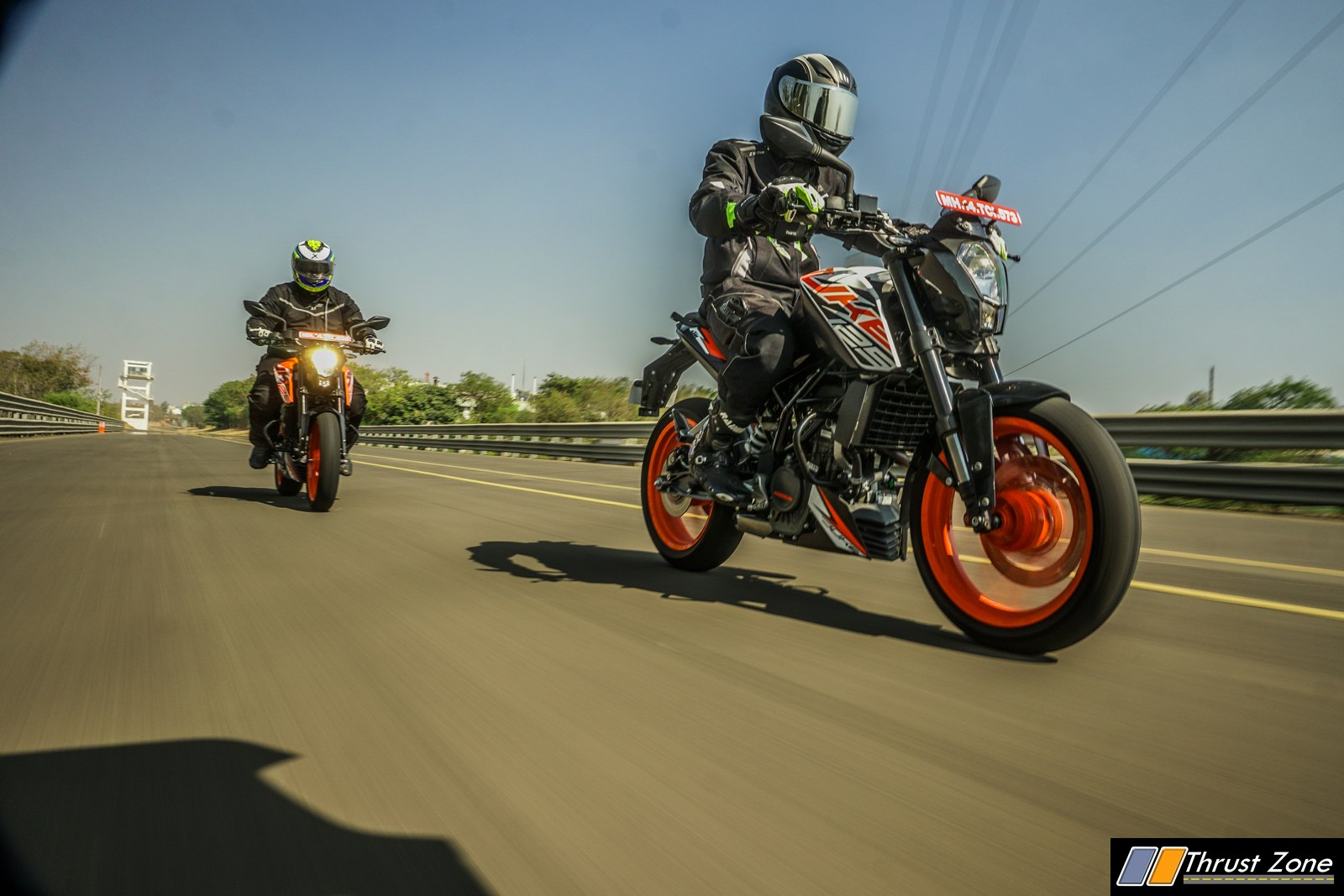 https://www.thrustzone.com/wp-content/uploads/2018/12/2018-KTM-DUKE-125-INDIA-Review-9.jpg