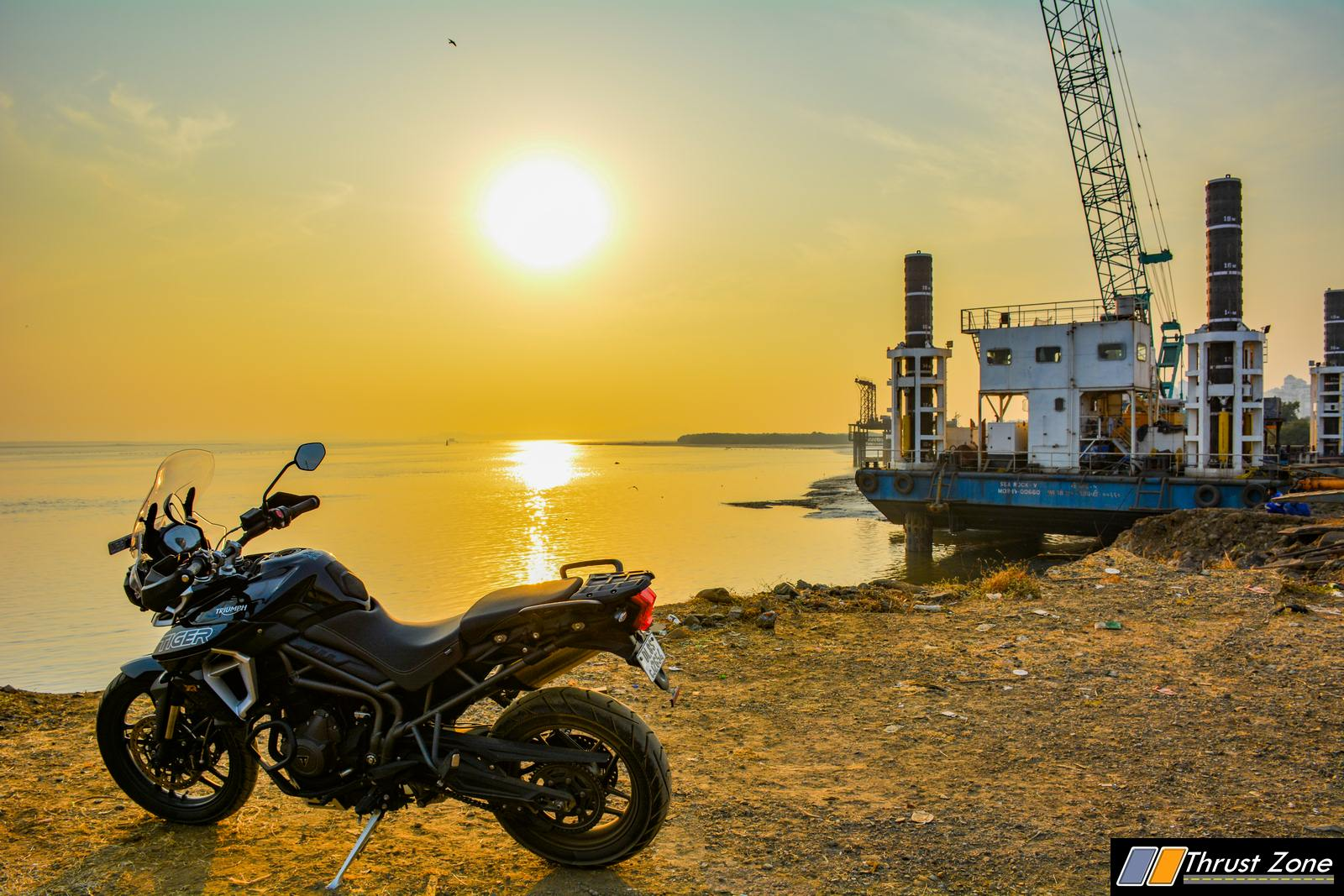 http://www.thrustzone.com/wp-content/uploads/2019/01/2018-Triumph-Tiger-800-india-review-1-2.jpg