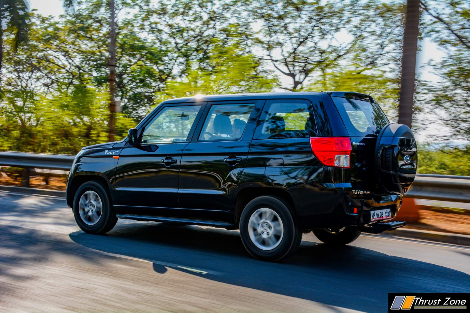 Mahindra-TUV-300-Plus-Review-2