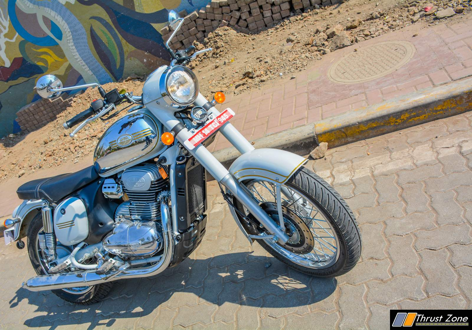 jawa-300-classic-india-review-14