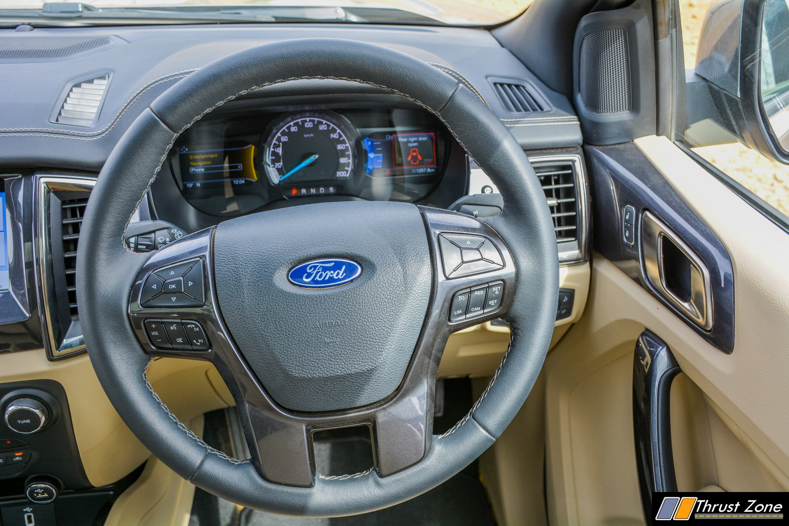 2019 Ford Endeavour Facelift India Review-10