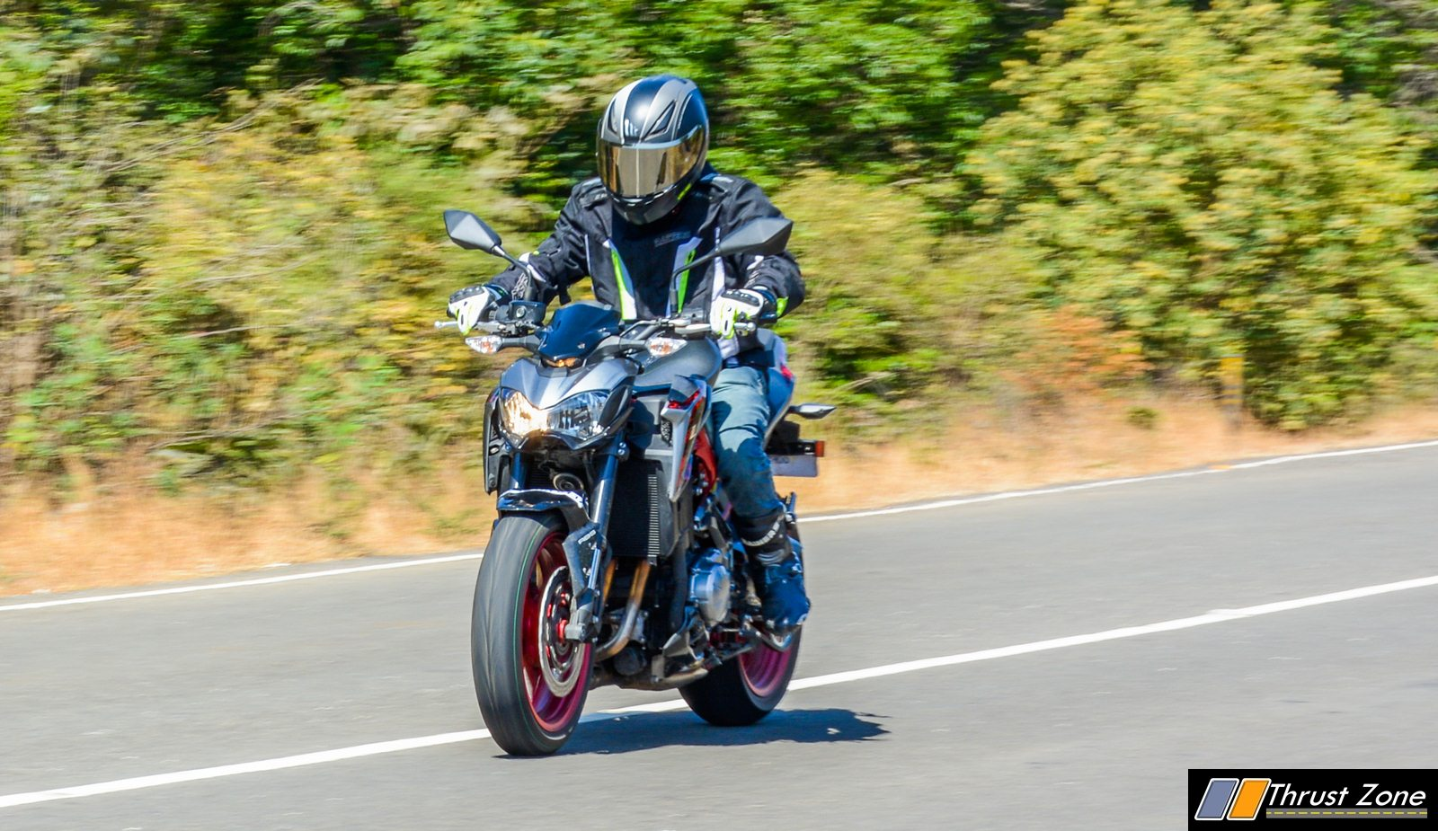 2019-Kawasaki-Z900-India-Review-23