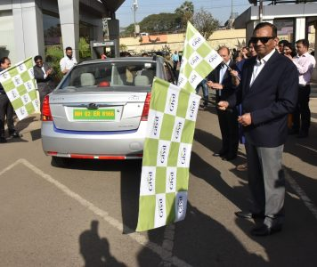 Mahindra Launches Glyd - Premium Electric Cab Service On Select Routes In Mumbai (2)