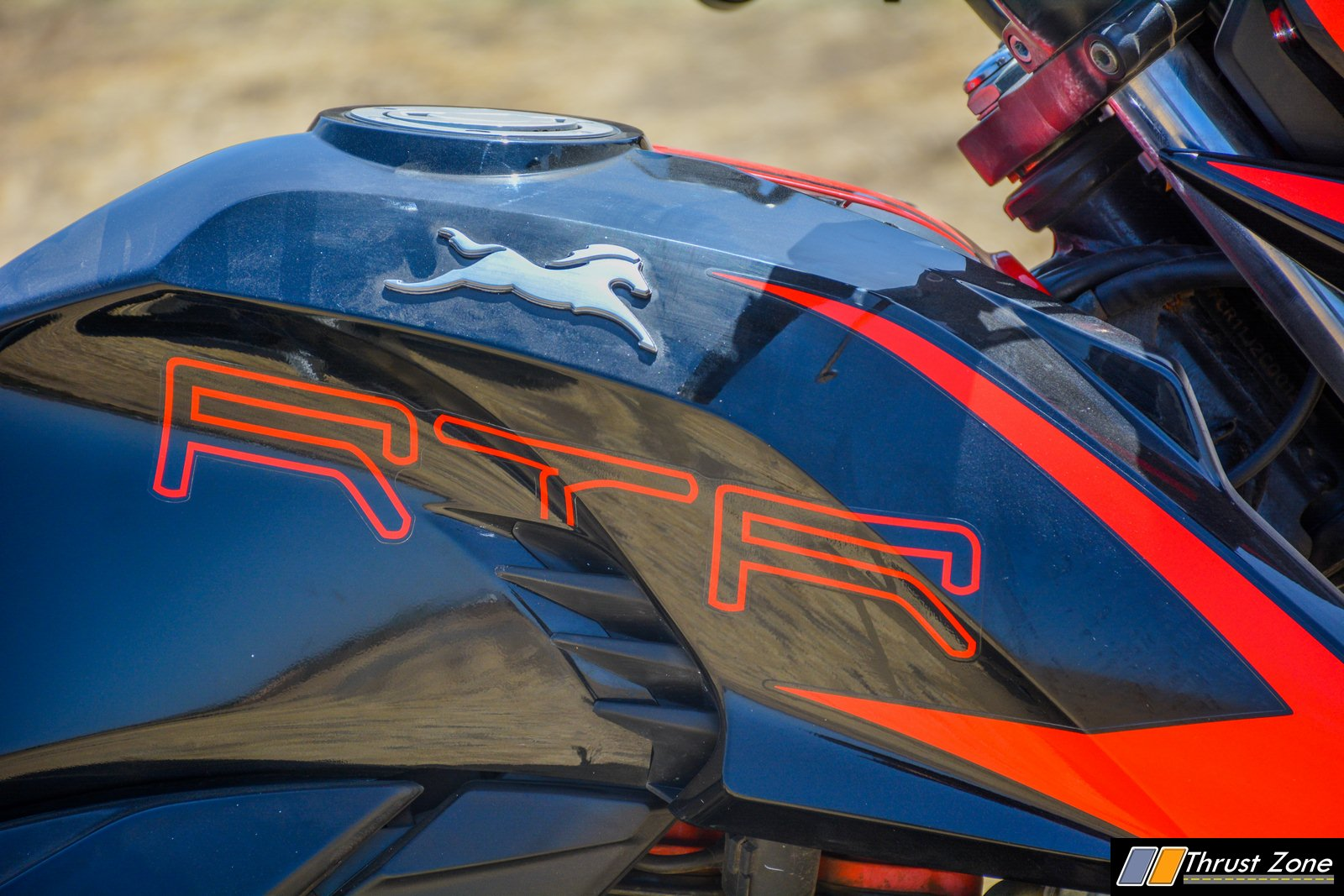 https://www.thrustzone.com/wp-content/uploads/2019/03/2019-Apache-RTR-200-Race-Edition-Review-7.jpg
