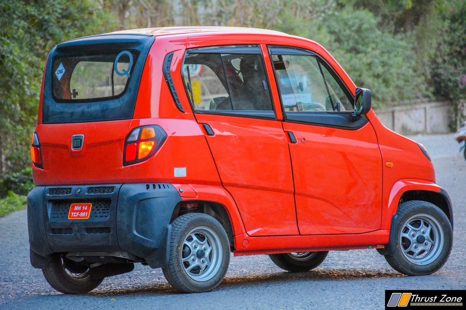 Bajaj-Qute-CNG-Review-33