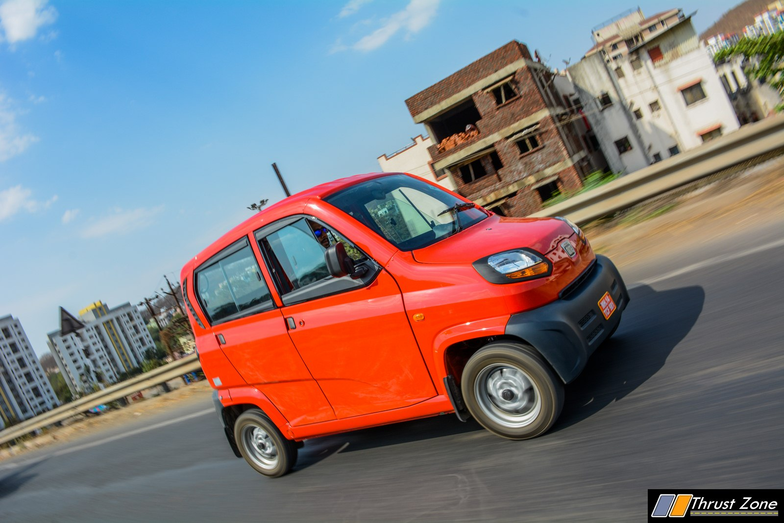 Bajaj-Qute-CNG-Review-8