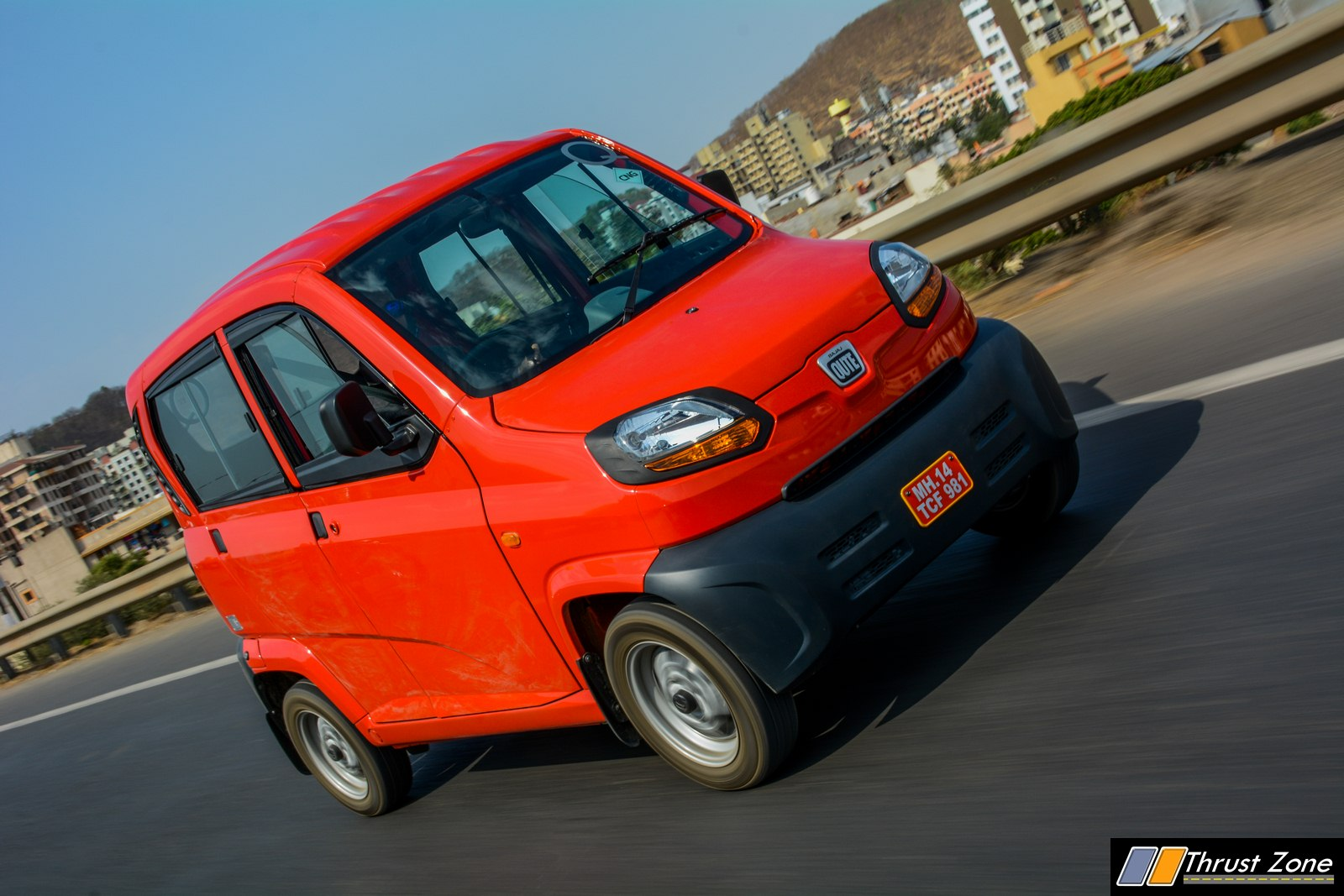 Bajaj-Qute-CNG-Review-9