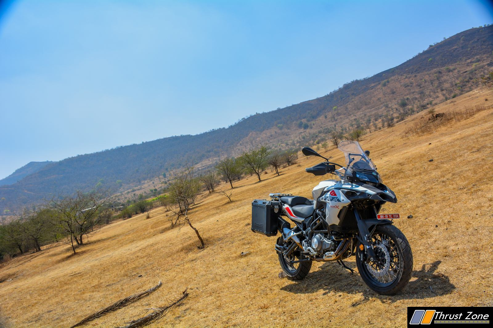 https://www.thrustzone.com/wp-content/uploads/2019/03/Benelli-TRK-502X-India-Review-13.jpg