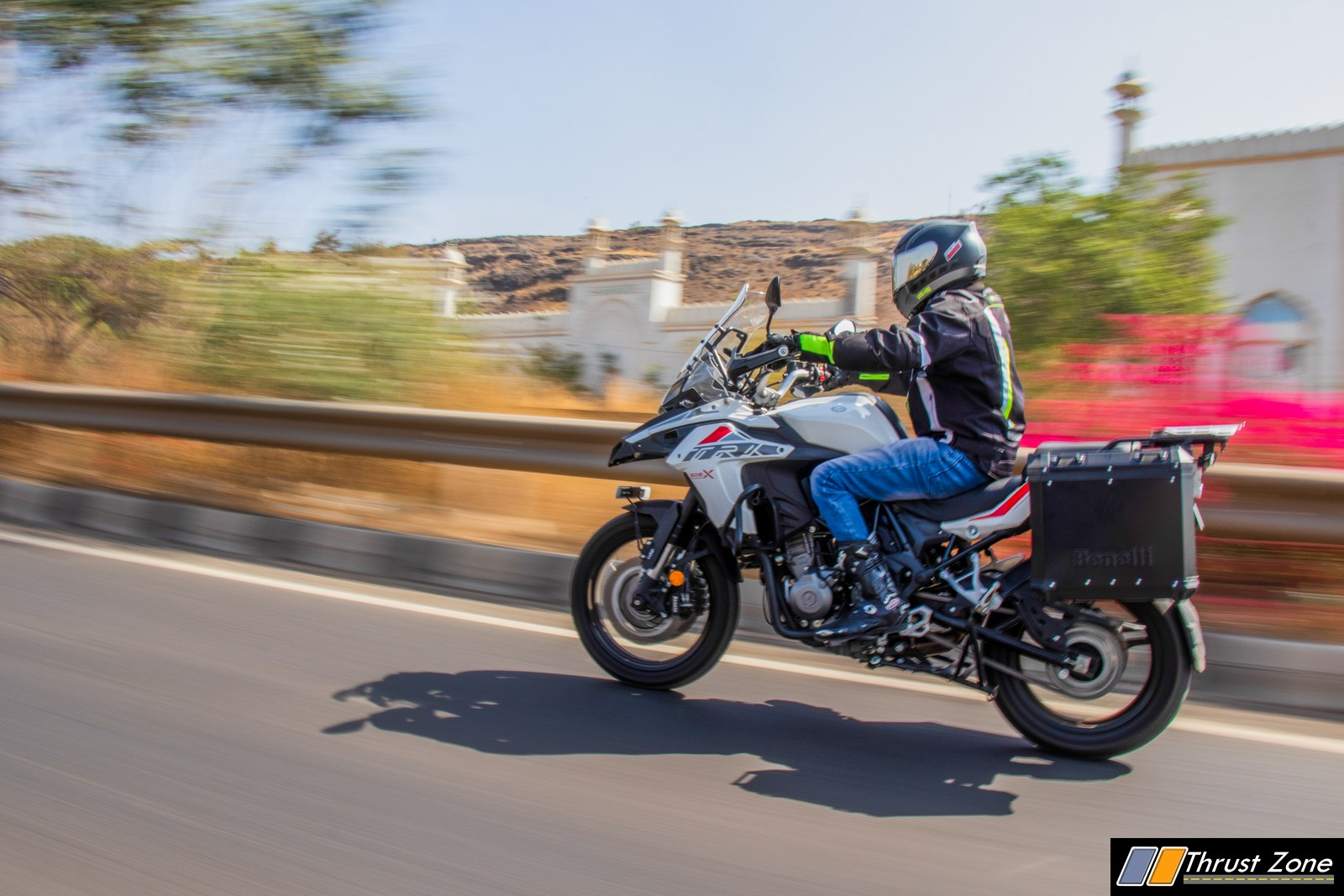 https://www.thrustzone.com/wp-content/uploads/2019/03/Benelli-TRK-502X-India-Review-26.jpg
