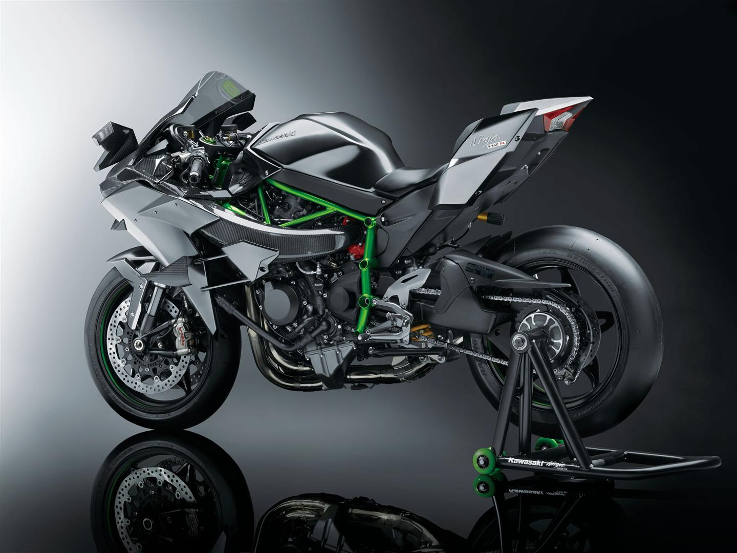 Kawasaki H2R India Delivery Done (1)