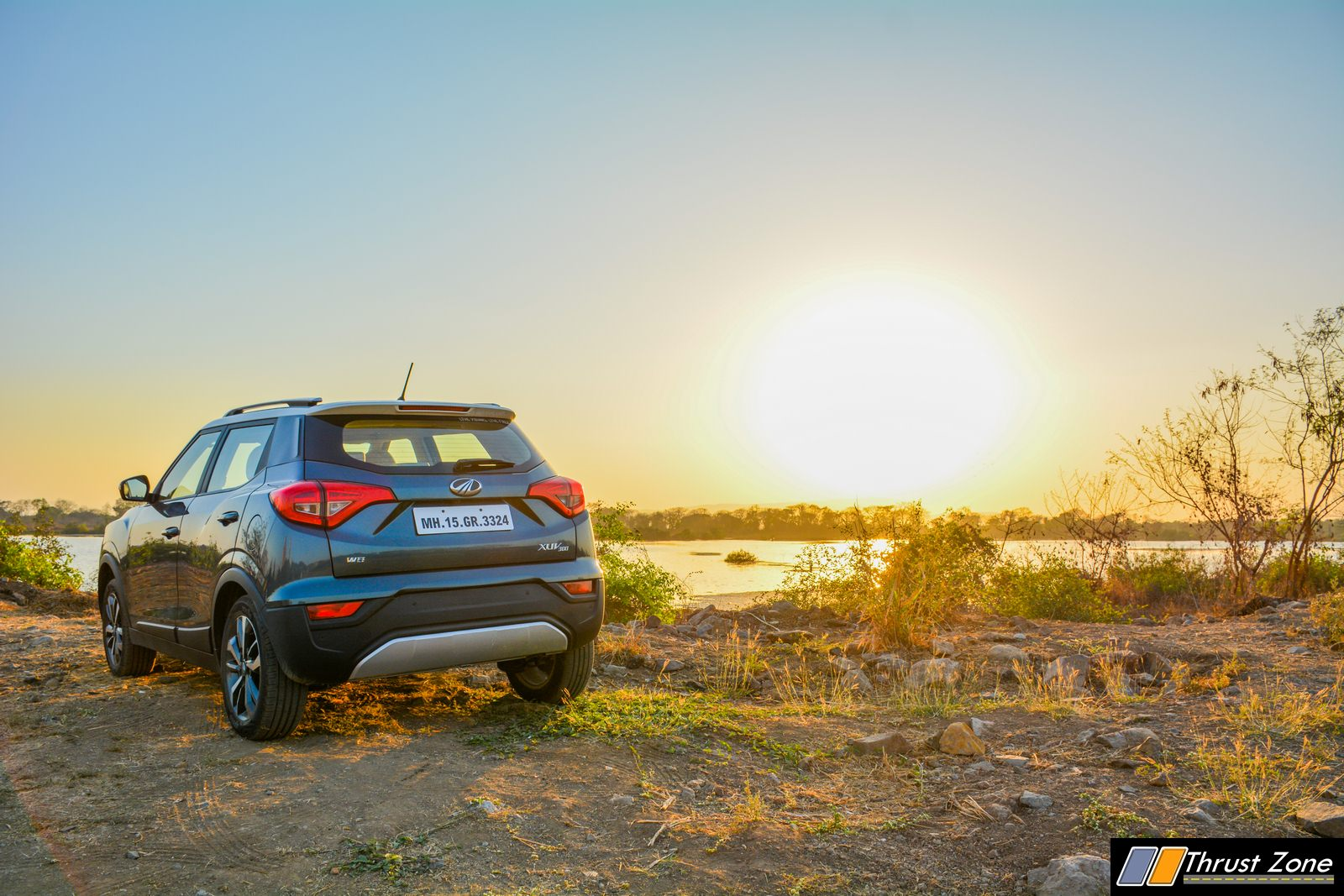 2019-Mahindra-XUV-300-Petrol-Review-14