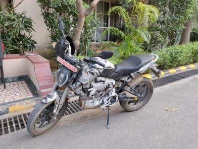 Revolt-motors-intellicorp-motorcycle-spied (2)