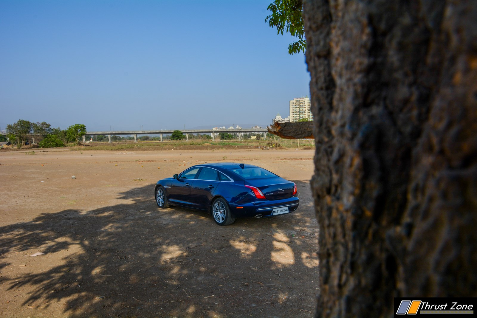 2019-Jaguar-XJ-50-Diesel-V6-Review-19