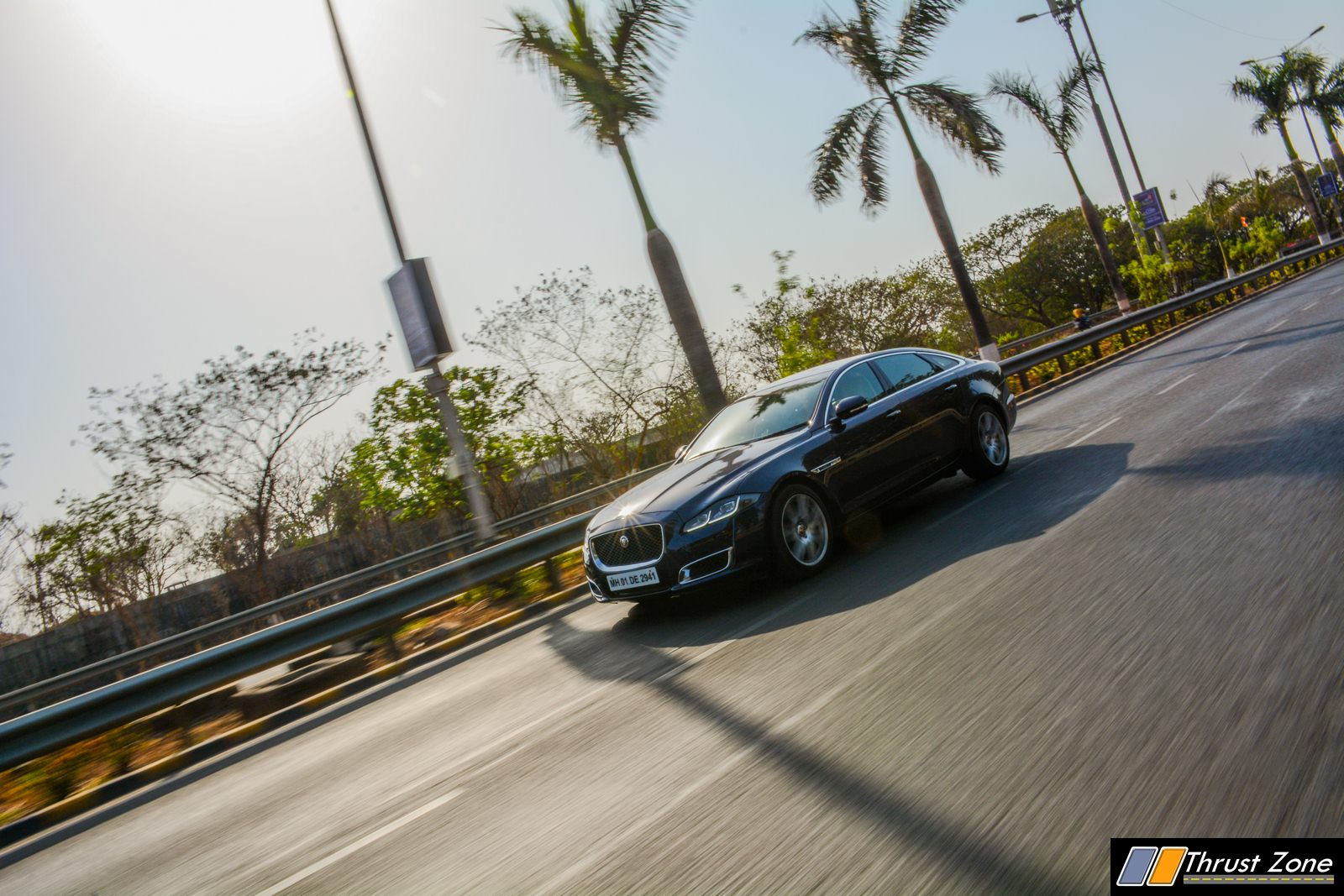 2019-Jaguar-XJ-50-Diesel-V6-Review-6