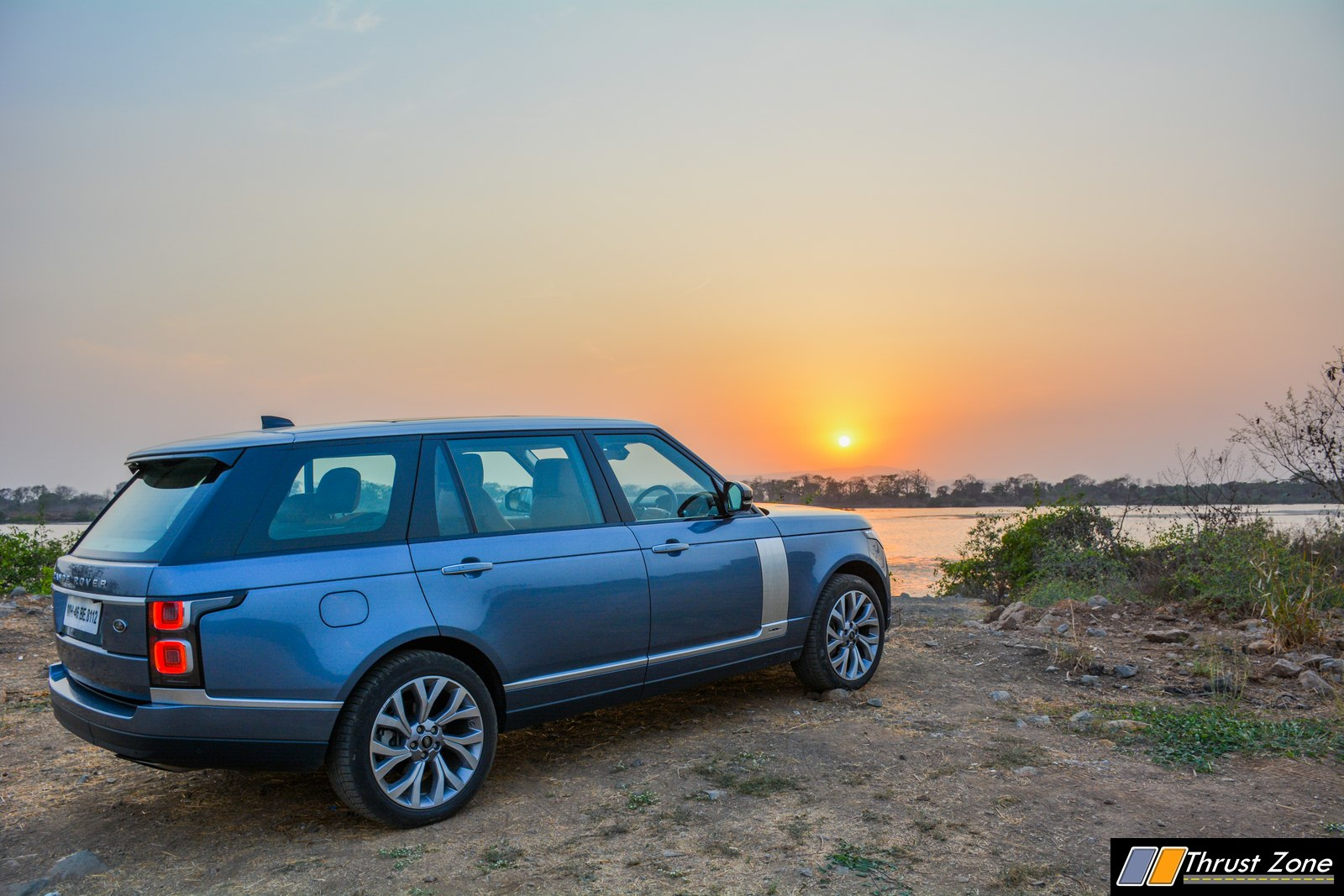 https://www.thrustzone.com/wp-content/uploads/2019/05/2019-Range-Rover-India-Diesel-V6-Review-40.jpg