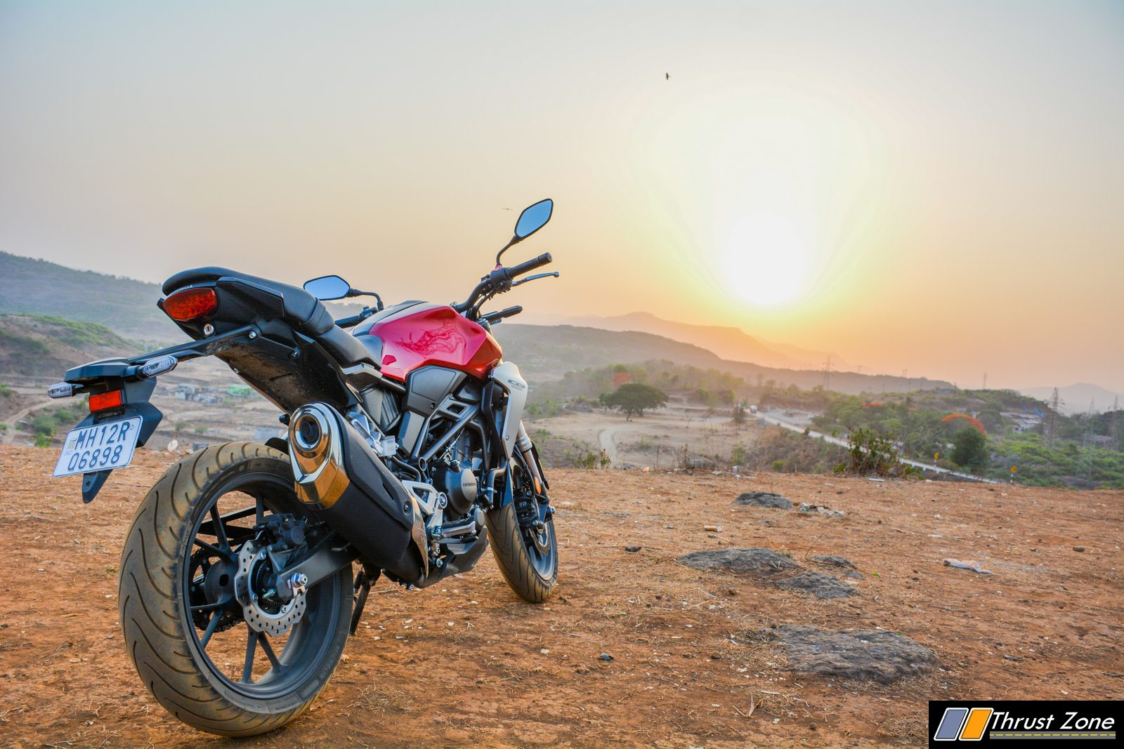 2019-Honda-CB300R-Review-India-27