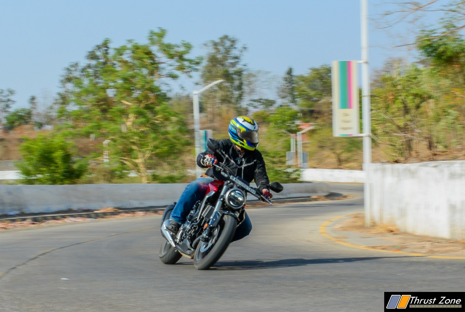 2019-Honda-CB300R-Review-India-10