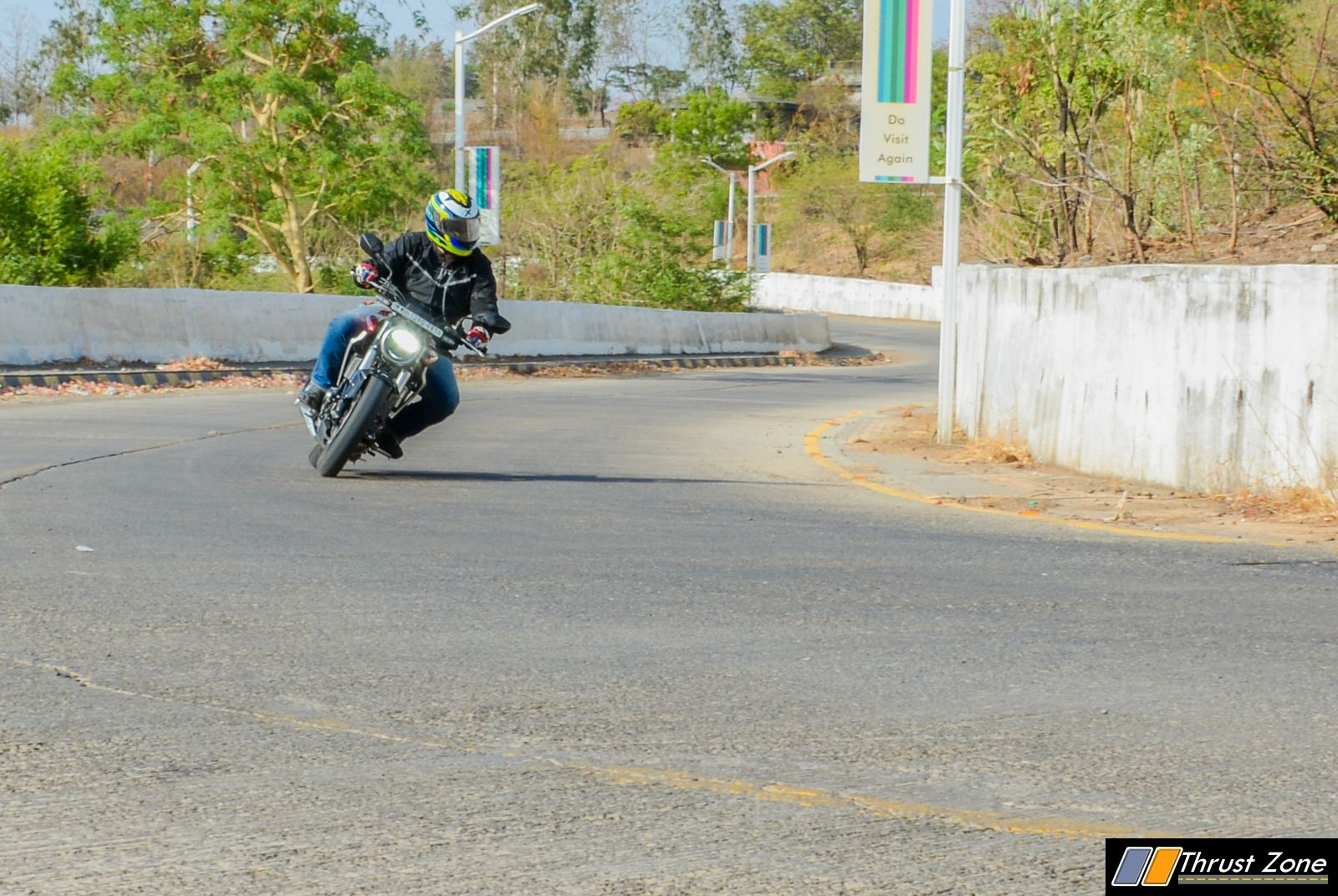 https://www.thrustzone.com/wp-content/uploads/2019/06/2019-Honda-CB300R-Review-India-5.jpg