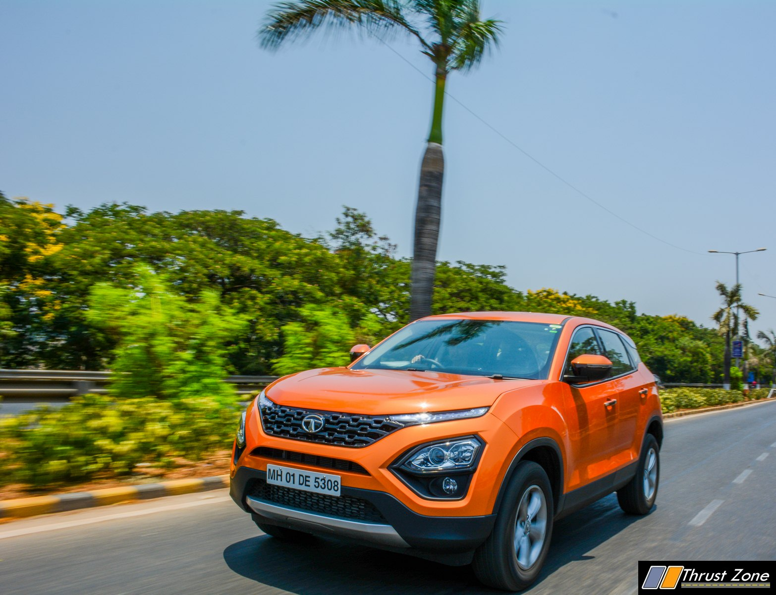 https://www.thrustzone.com/wp-content/uploads/2019/06/2019-Tata-harrier-diesel-manual-review-20.jpg