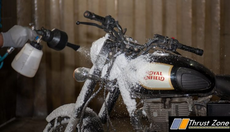 Royal Enfield Implements Dry Wash In Chennai To Save Water In City Amid Crisis (3)