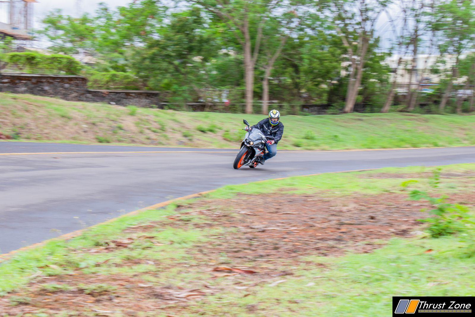 2019-KTM-RC-125-india-review-15